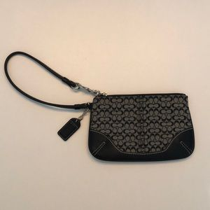 never been used coach wallet
